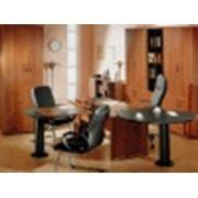 Офисная мебель на заказ позволит вам произвести хорошее впечатление на партнёров по бизнесу а значит поднять рейтинг своей компании среди конкурентов. фото