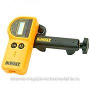 Детектор электроннный DeWalt,до300м, для лазерных уровней,оптика+акустика