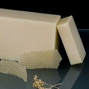 Натуральное мыло с пчелиным воском (100 гр) фото