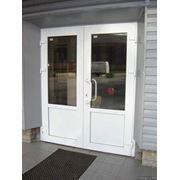 Двери из металлопластика фото