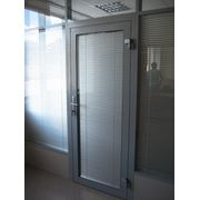 Алюминиевые двери фото