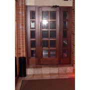 Двери из дерева фото