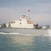 Патрульный катер КОНДОР быстроходный: патрулирование морских прибрежных районов, выполнение задач полицейской, таможенной и рыбоохранной службы фото