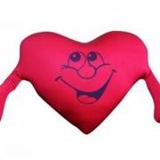 Антистрессовая подушка Сердце с руками фото