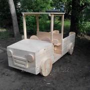 Машинка для детской площадки фото