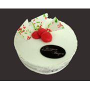 Торт «Миндальный с вишней» фото