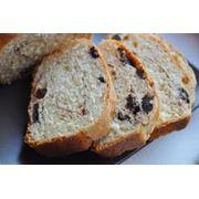 Хлеб с изюмом фото