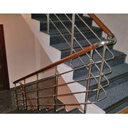 Ограждения лестниц из нержавейки фото
