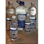 Вода родниковая питьевая первой категории фото