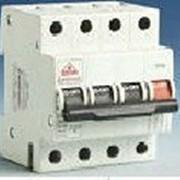 Электрические выключатели и переключатели фото