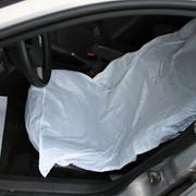 Одноразовые защитные чехлы на сиденья автомобиля фото