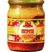 Перец фаршированный овощами и рисом в томатном соусе фото