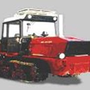Трактор гусеничный фото