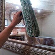 Мойка зеркальных и стеклянных поверхностей фото