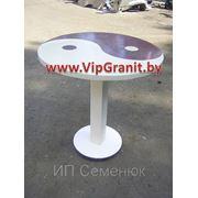 Стол «Инь-Янь» из искусственного жидкого камня фото