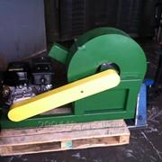 Измельчитель древесины, щепорез, с бензиновым двигателем 6,5 л/с. фото
