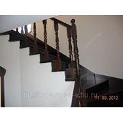 Лестница из массива сосны фото
