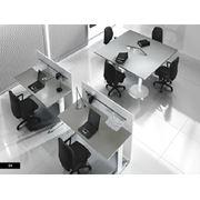 Стол офисный с перегородкой Colombini фото