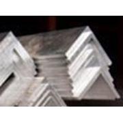 Алюминиевый уголок 100х100х10 фото