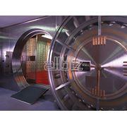 Двери для банковских хранилищ фото