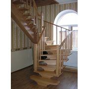Лестница на центральном косоуре фото