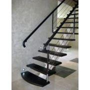 Лестница на косоуре фото