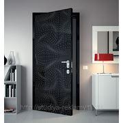 Декоративное оформление дверей фото