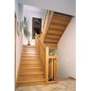 Лестницы деревянные, деревянные на металлическом каркасе. Симферополь. Крым фото