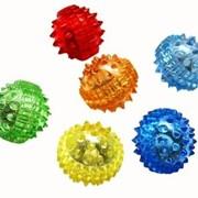 Массажный шарик с шипами с одной кольцевой пружиной фото
