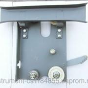 Каретка дверей кабины левая фото