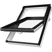 Fakro мансардное окно среднеповоротное фото