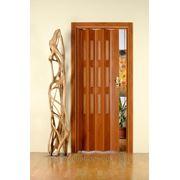 Дверь гармошка Лучана вишня.Остекление Морозко бронза. фото