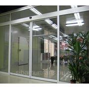 Автоматические стеклянные раздвижные двери в Благовещенске с электроприводом фото