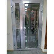 Двери из алюминиевого профиля. фото