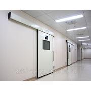 Герметичные раздвижные автоматические двери. фото