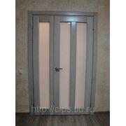 Межкомнатная дверь с матовым стеклом из массива дуба