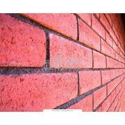 Кирпич керамический полнотелый М150 фото