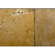 Травертин Yellow Travertine tumbled фото