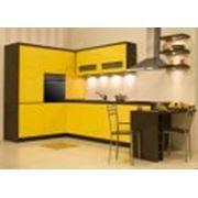 Мебель для кухни из натуральной ясеневой древесины. фото