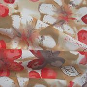 Натуральные и синтетические ткани для пошива одежды. фото