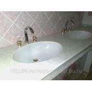 Столешница с литой мойкой для ванной фото