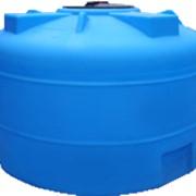 Пластиковая емкость объемом 2000 л с крышкой 380 мм (код 2002ВФК2) фото