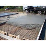 Бетонная смесь на гранитном щебне БСГ В-22,5 (М 300), П3 фото
