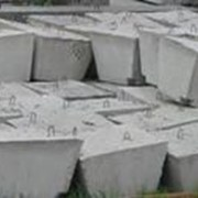 Фундамент железобетонного забора Ф-1 (стакан) фото