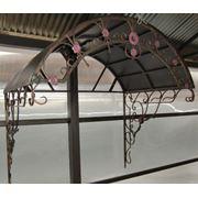 Козырек кованый с растительными мотивами фото