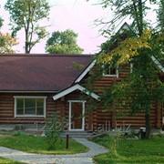 Дом с рубленного бревна фото