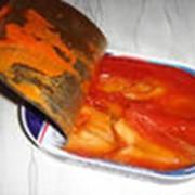 Рыбные консервы в томатном соусе фото