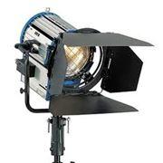 Прожектор линзовый 2000 W фото