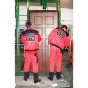 Монтаж (установка) стальных дверей фото