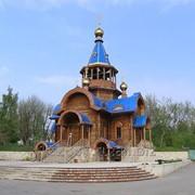 Строительство церкви с рубленного бревна фото